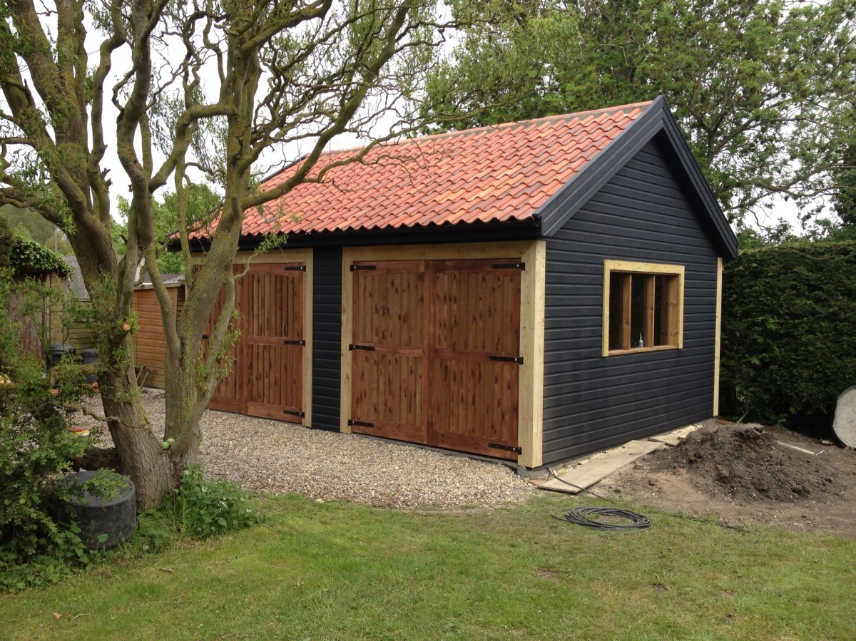 Timber-framed Garage/Workshop in Norfolk | Grove Garden Rooms
